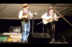 Mike Compton & Joe Newberry - The Darker the Night, The Better I See - Baygrass Festival 2013